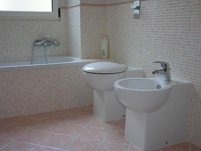 Foto bagni ristrutturati for Ristrutturazione bagni milano